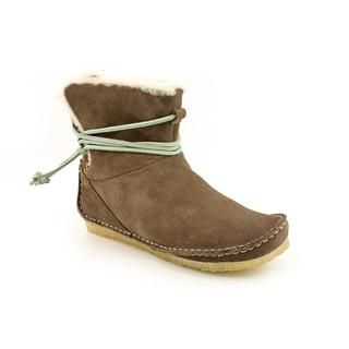 Clarks Originals Womens Faraway Plateau Regular Suede Boots
