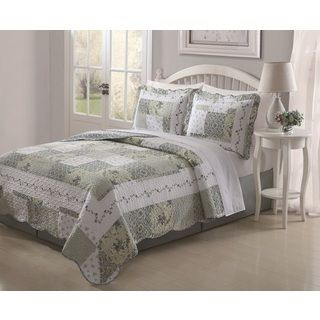 Joyce 3 piece Patchwork Quilt Set
