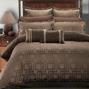 Royal Hotel Collection Bed in A Bag Janet 9 Piece Comforter Shams Pillows