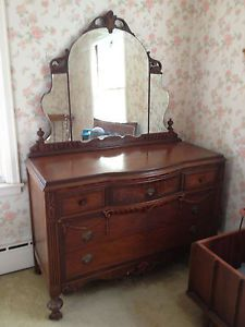 Romantic Antique Bedroom Set Star Furniture Co Lawerance Mass Make OFFER