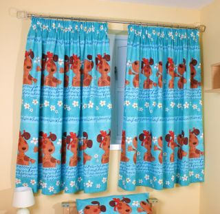 Girls Dog Bedding Duvet Cover Set or Pencil Pleat Bedroom Curtains Sale