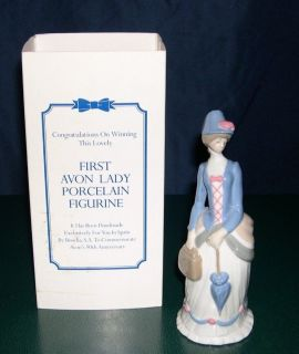Avon Mrs Albee 1st Avon Lady Porcelain Figurine 1976 Presidents Club 90th Anniv