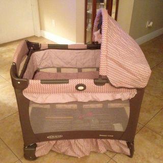 Graco Travel Lite Pink Brown Playard Pack N and Play Pen Bassinet Crib Baby