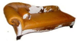 Del Rio Chaise Lounge with Cowhide