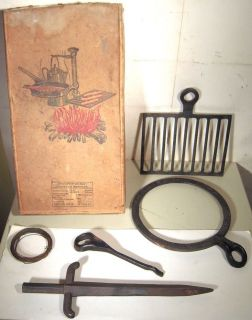 Vtg Antique Campfire Grub Stake Cast Iron Fire Ring Grate Camping Cookware Tool