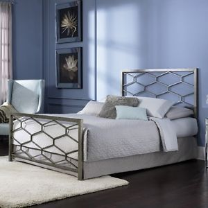 Queen Size Modern Metal Bed Frame with Headboard and Footboard