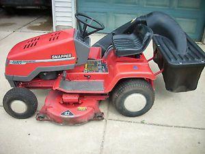 """Snapper 1350LX 12 5 HP Kohler 41"""" w Bagger Lawn Mower Garden Tractor"""