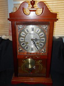 Rolens 31 Day Pendulum Mantle Clock