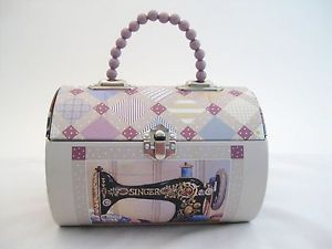Singer Sewing Machine Collectors Sewing Box Tin Handled Purse Cat Quilts