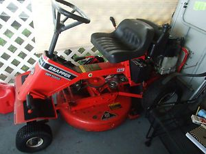 "Snapper SR1028 Riding Mower 10HP 28"" Deck 10 HP Engine"
