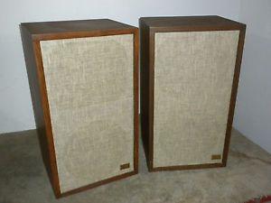 Vintage Acoustic Research AR 5 Speakers Nice