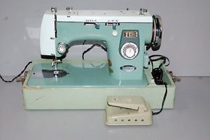 New Home Deluxe Model 445 Sewing Machine Local Pickup Only