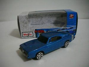 Maisto Fresh Metal Die Cast 1 64 Dodge Charger R T 1969 Blue Motorcar
