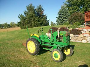1941 John Deere La Antique Tractor w Plow  Good Serial Number Tag