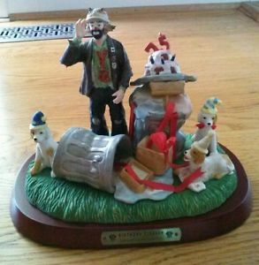 1998 Emmett Kelly Jr 9984 Birthday Cleanup Signed Figurine Number 0637