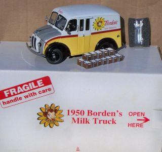 Danbury Mint Borden's Dairy 1950 Divco Milk Truck 19 Bottle Crates Mint in Box