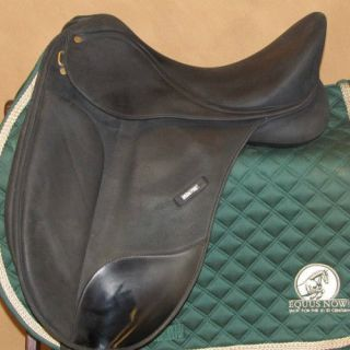 Used Wintec Isabell Dressage Saddle Blk Changeable Gullet 16 5 36067