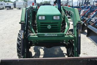 52HP 4WD Montana C5264 Tractor w Quick Detach Loader Skid Steer ROPS Low Hours