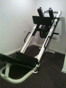 sled hack squat machine