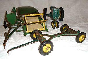 John Deere Toy Combine