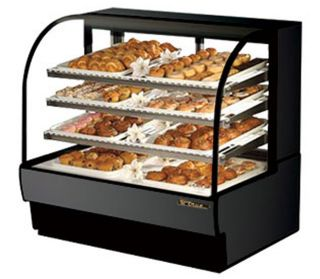 Dry Bakery Curved Glass European Style Display Case True TCGD 50 110V