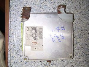1988 Toyota Pickup Truck Engine Control Computer Module 22RE 89661 35110