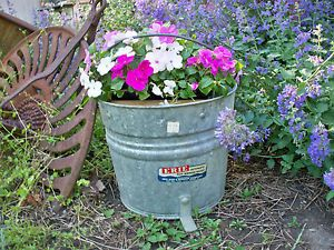 Vtg Galvanized Erie MOP Laundry Bucket Tub Wood Wringers Primitive Farm Garden
