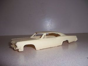 1965 Chevy Impala SS Resin 1 32 Scale Slot Car Body as Is