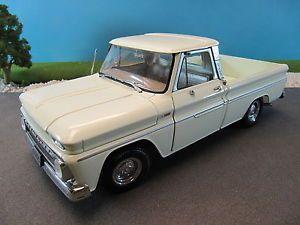 Sun Star Diecast 1965 Chevy Chevrolet C10 Fleetside Pickup Truck No Box 1 18
