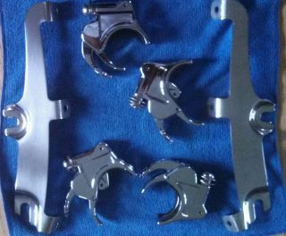 Harley Davidson Dyna Models 06 and Later Quick Release Windshield Mounting Kit