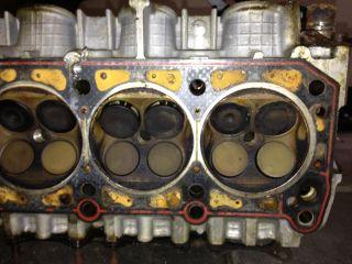 W124 Mercedes Benz E320 M104 Engine Top End Cam Shaft Valves E280 C280 C36