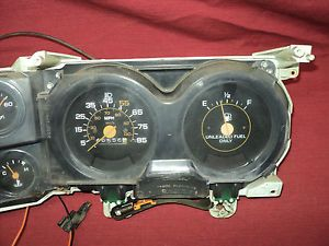Dash Gauge Cluster w 85 MPH Speedo Parts or Repair 1981 1987 Chevy GMC Truck