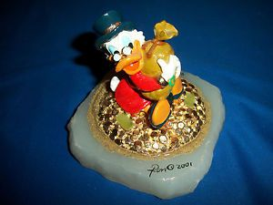 Uncle Scrooge McDuck Holding Money Bag Ron Lee Sculpture Le 900 1100 2001 Disney