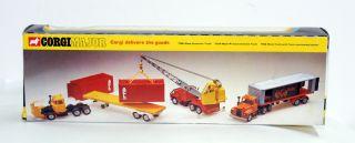 Corgi Major Toys 1151 Exxon Mack Gas Tank Truck