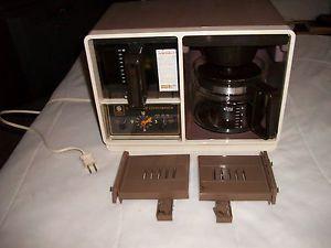 Vintage General Electric GE Space Maker Coffee Maker Analog Clock Spacesaver