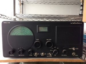 Hallicrafters s 40B Communications Receiver w Manual