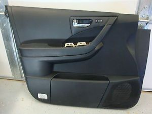 2006 2007 Nissan Murano Left Drivers Side Door Panel with Handle