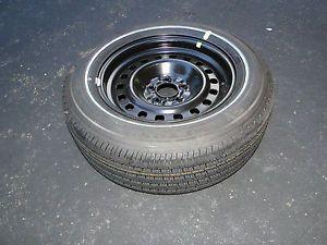 Lincoln Town Car Ford Crown Victoria Mercury Grand Marquis Wheel and Tire 16''