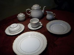 Fine China Dinnerware Hollohaza