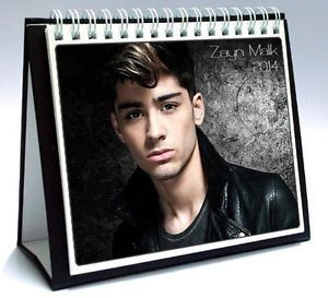 One Direction 2014 Desktop Holiday Calendar Zayn Malik