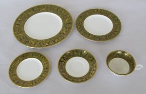 Wedgwood Florentine Pattern 5 Piece Place Setting China Dinnerware