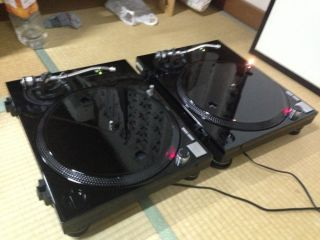 2 x Technics 1200 MK2 Turntables Custom Black Paint Job Dustcovers Included