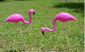 2 PC Hot Pink Flamingo Yard Lawn Ornaments Mini Flocking Flamingos