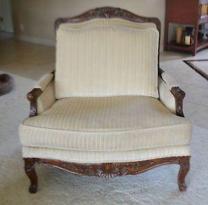 Ethan Allen Queen Ann Living Room Chair Mahagony Handcarved Beauty Chenille