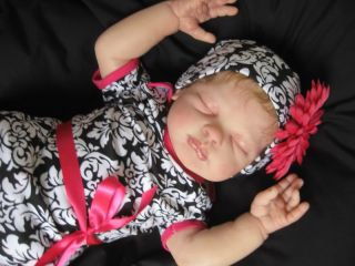 Hushabye Mountain Reborn Baby Girl Lucy Tina Kewy Big Cuddly Baby Tummy Plate