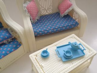 Mattel Barbie Doll Fashion Living Room Set Chair Sofa Bed Coffee End Table 7404