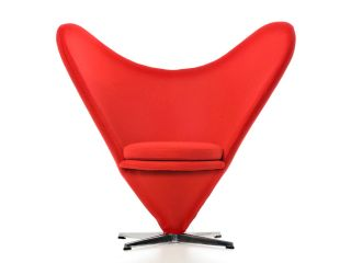 Nuova Poltrona Panton Hearth Cone Chair Design