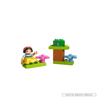 Duplo Disney Snow White's Cottage by Lego 6152