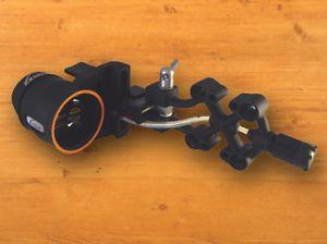Extreme Archery New Recon 1500 Fixed Bow Sight Black