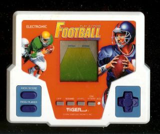 1990s Play Action Football Tiger Electronic Handheld LCD Arcade Video Game R